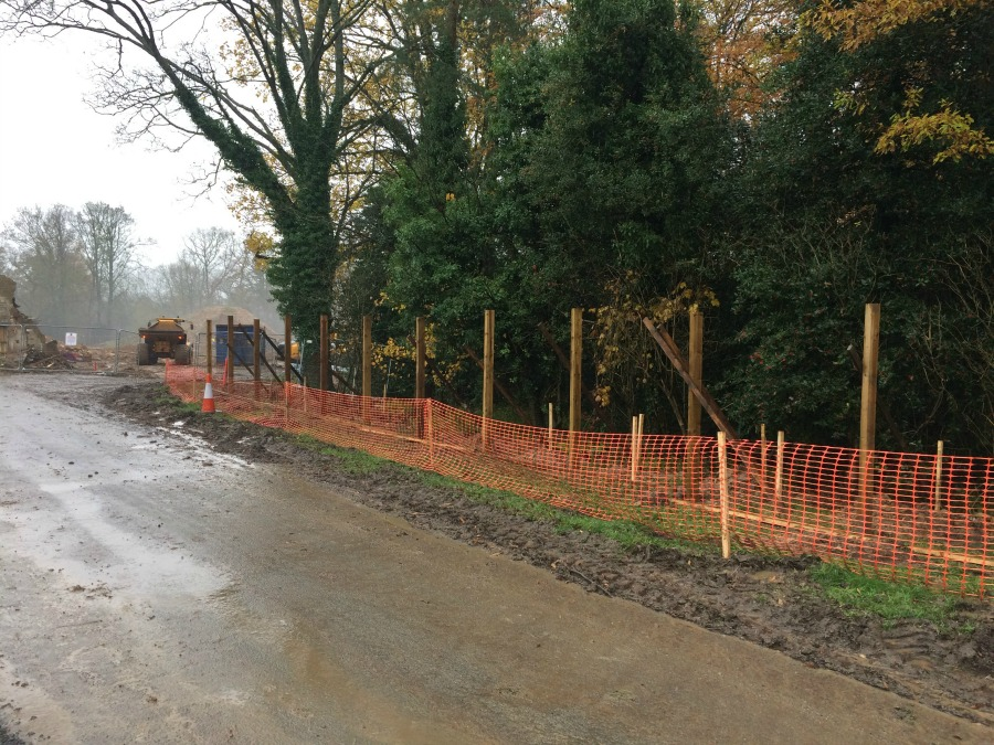 Fencing possibly going up at Ravenswick Hall